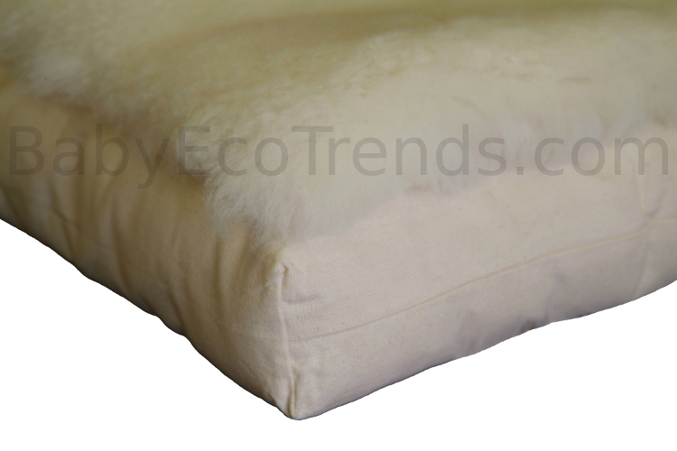 Made.in.America.Organic.Merino.Wool.Fleece.Mattress.Topper.Detail.Holy.Lamb.Organics.WM750x500.jpg